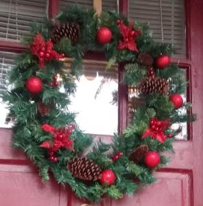 front door wreath crop